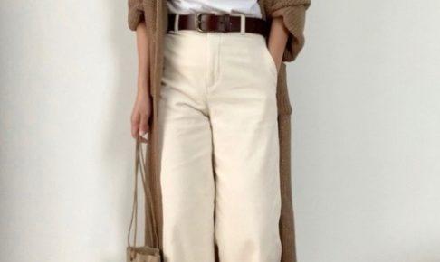 ノームコアファッションをしている女性の画像