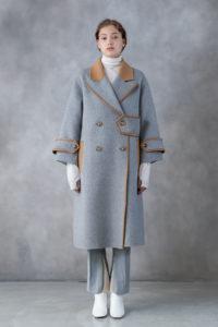 ランチ合コン探偵の山本美月が着用しているグレーコート衣装のブランド参考画像