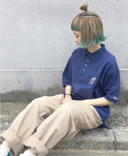 ポロシャツブルーコーデに関する参考画像