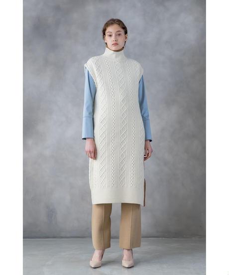 ランチ合コン探偵で山本美月が着ていたニットワンピ衣装ブランドの参考画像