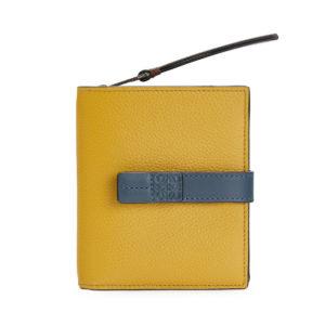 知らなくていいコトで吉高由里子が使用していた財布ブランドの参考画像