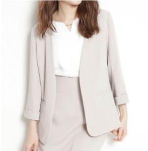 SUITSスーツ2で新木優子が着用しているジャケットとブラウスブランドの参考画像