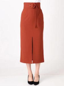 SUITSスーツ2で中村アンが着用しているベルテッドペンシルスカートMURUAの参考画像