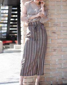 美食探偵明智五郎6話で小池栄子が着用していたロングスカートLIPSERVICEの参考画像