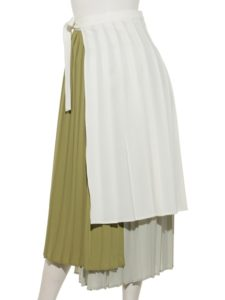 私の家政夫ナギサさん第6話で多部未華子が着用しているプリーツスカートLADYMADEの参考画像