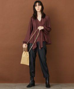 SUITSスーツ2最終話で中村アンが着用しているブラウスSTUDIOUSの参考画像