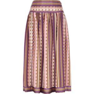 ウチの娘は、彼氏が出来ない!!1話で管野美穂が着用しているスカートToryBurchの参考画像