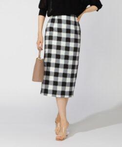 彼女はキレイだった9話で小芝風花が着用しているタイトスカートM.deuxの参考画像